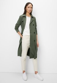 Marc O'Polo - Trenchcoat - green - 1