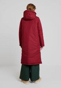 Marc O'Polo - BIG PUFFER COAT PADDED REVERSIBLE - Zimní kabát - light beetroot - 2