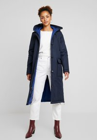 Marc O'Polo - BIG PUFFER COAT PADDED REVERSIBLE - Veste d'hiver - midnight blue - 0