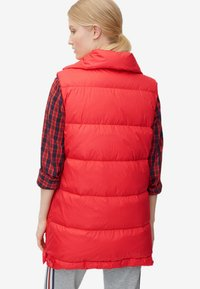 Marc O'Polo - LONG VEST FILLED WITH REAL - Weste - red - 2