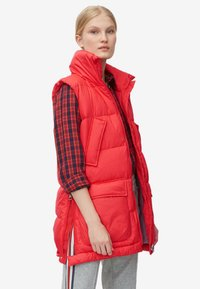 Marc O'Polo - LONG VEST FILLED WITH REAL - Weste - red - 3