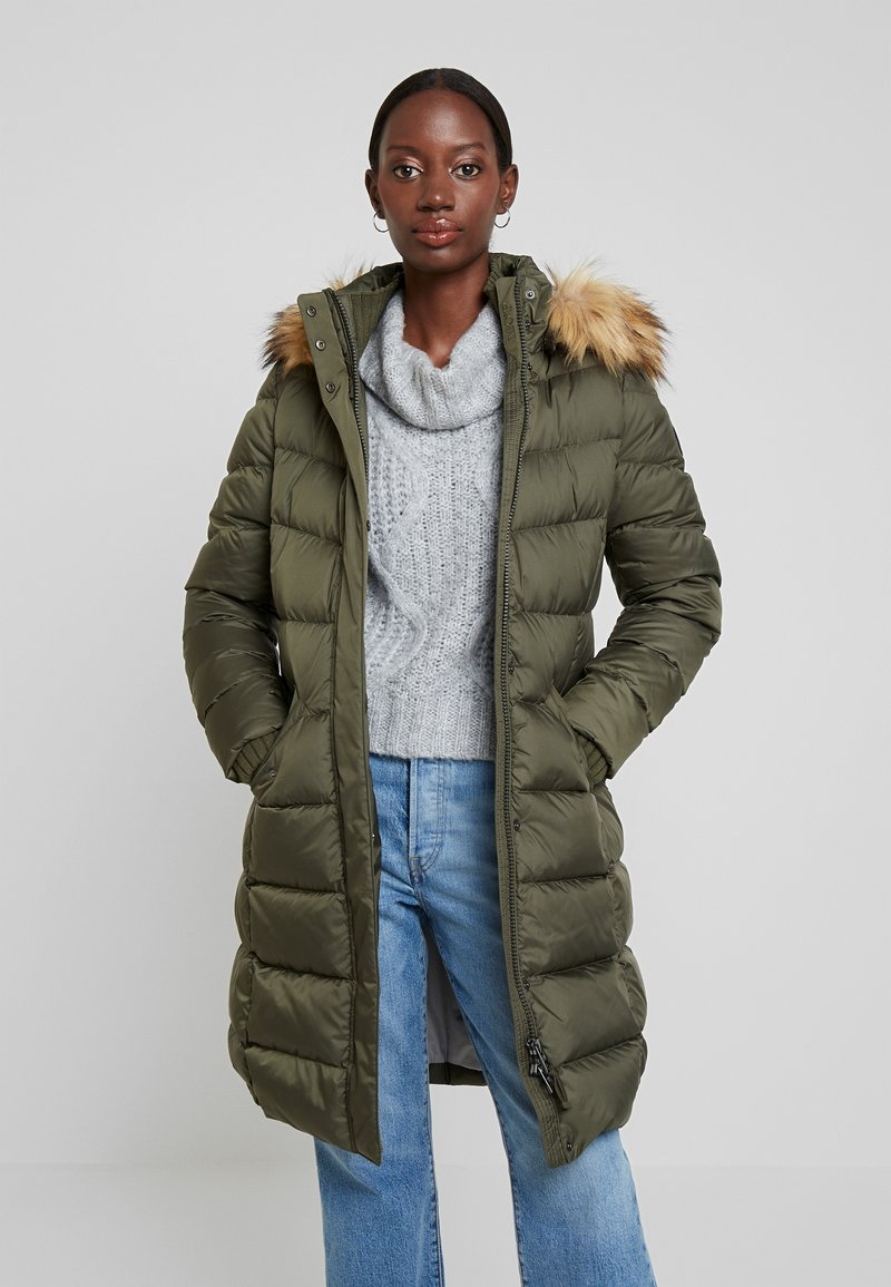 Marc O'Polo - COAT LONG FILLED HOOD - Donsjas - workers olive