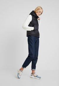 Marc O'Polo - VEST FIX HOOD FRONT ZIPPER POCKETS - Vest - black - 1
