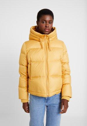 Down jacket - amber wheat