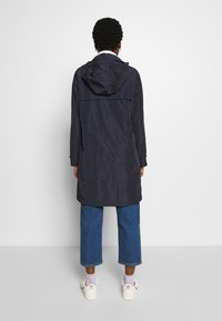 Marc O'Polo - COAT TURN DOWN COLLAR DETACHABLE HOOD PRESSBUTTONS FRONT - Parka - night sky - 2