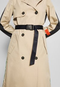 Marc O'Polo - BLOGGER COLOUR MIX BELT WITH BUCKLE PLEAT - Trenchcoat - swedish pine - 5