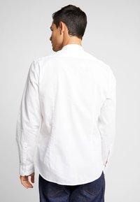 Marc O'Polo - BAND COLLAR - Kostymskjorta - white - 2