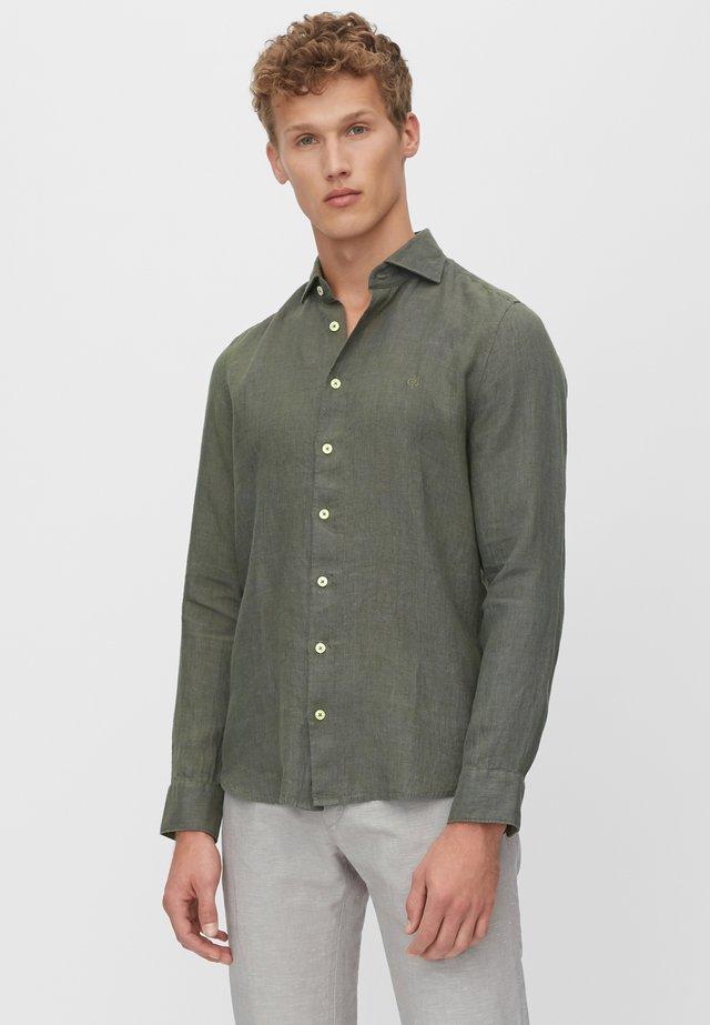 LANGARM-HEMD SHAPED - Koszula - green