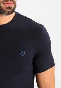 Marc O'Polo - C-NECK - T-shirt basic - navy - 3