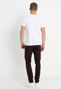 Marc O'Polo - BASIC SINGLE - Print T-shirt - white - 2