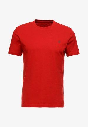 SHORT SLEEVE ROUND NECK - Jednoduché triko - pompeian red