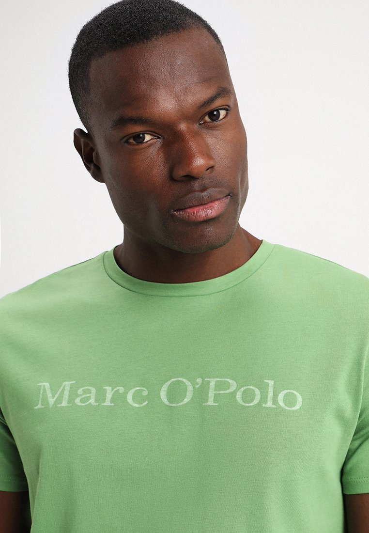 Marc O'Polo SHORT SLEEVE ROUND NECK - T-shirt imprimé fluorite green