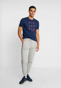 Marc O'Polo - SHORT SLEEVE ROUND NECK - T-shirt print - blue fjord - 1