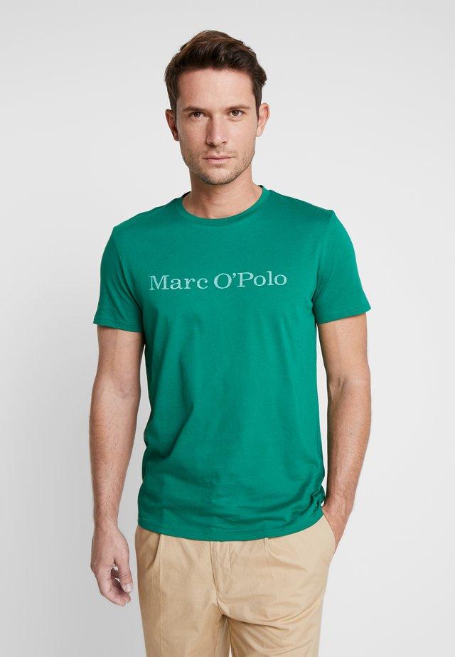 SHORT SLEEVE - T-shirt imprimé - verdant green