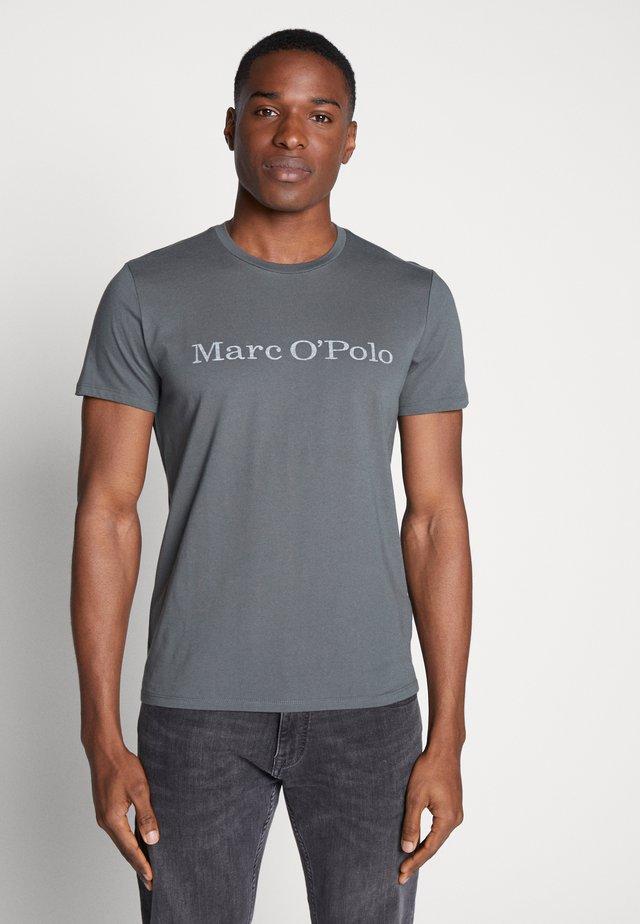 SHORT SLEEVE - T-Shirt print - mangrove
