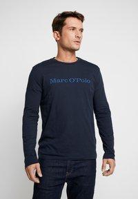 Marc O'Polo - LONGSLEEVE ROUND NECK - Bluzka z długim rękawem - total eclipse - 0