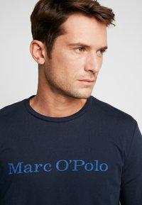 Marc O'Polo - LONGSLEEVE ROUND NECK - Bluzka z długim rękawem - total eclipse - 3