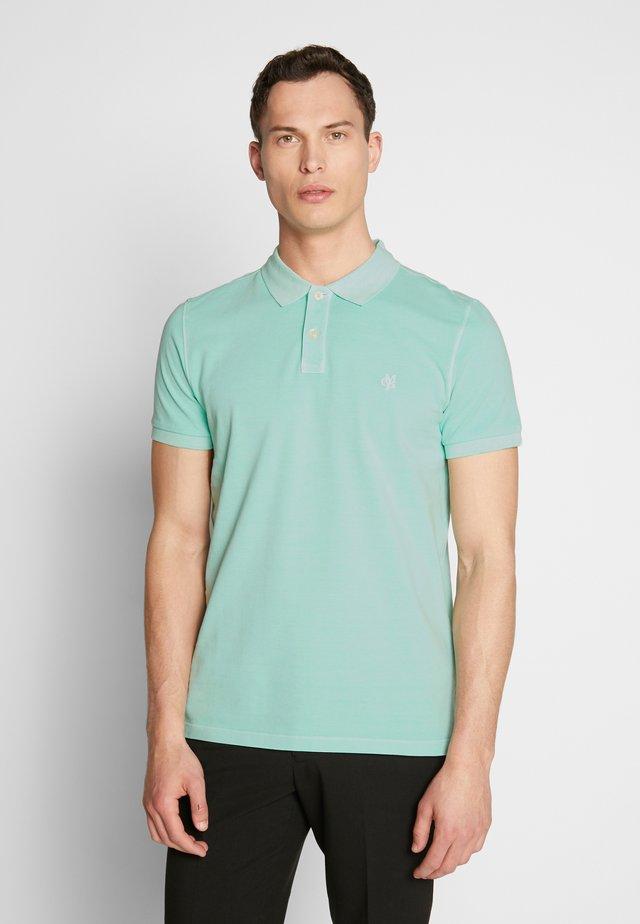 SHORT SLEEVE - Polo shirt - lichen