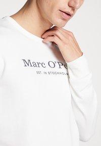 Marc O'Polo - CREW NECK - Sweatshirt - egg white - 5