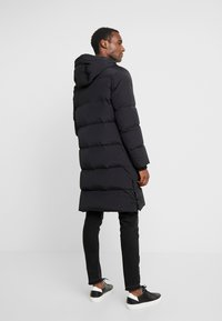 Marc O'Polo - REGULAR FIT LONG SLEEVE HOOD ZIP AND BUTTON PLACKET - Kurtka puchowa - black - 2