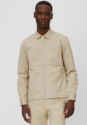 LONG SLEEVE TWO PATCHED CHEST AND SIDE SEAM POCKETS - Summer jacket - beige