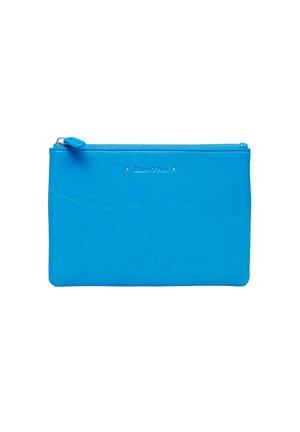 POUCH - Kosmetiktasche - electric blue