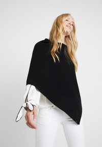 Marc O'Polo - PLAIN - Poncho - black - 3