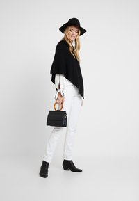Marc O'Polo - PLAIN - Poncho - black - 1