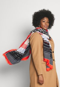 Marc O'Polo - SCARF FLUENT VARIOUS SCREEN PRINTS SELFFRINGES - Scarf - multi - 0