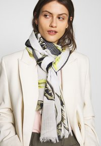 Marc O'Polo - SCARF, WOVEN, SUPER SOFT COTTON MOD - Scarf - combo - 1