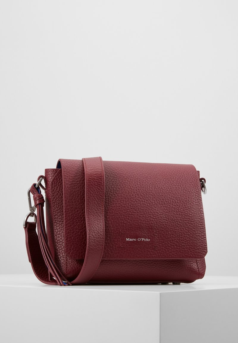 Marc O'Polo - Across body bag - berry red