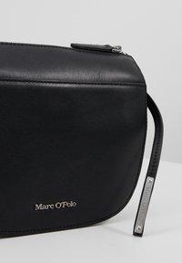 Marc O'Polo - CROSSBODY BAG - Schoudertas - black - 6