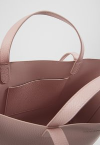 Marc O'Polo - Handbag - light pink - 5