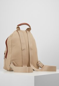 Marc O'Polo - BACKPACK - Reppu - warm stone - 2