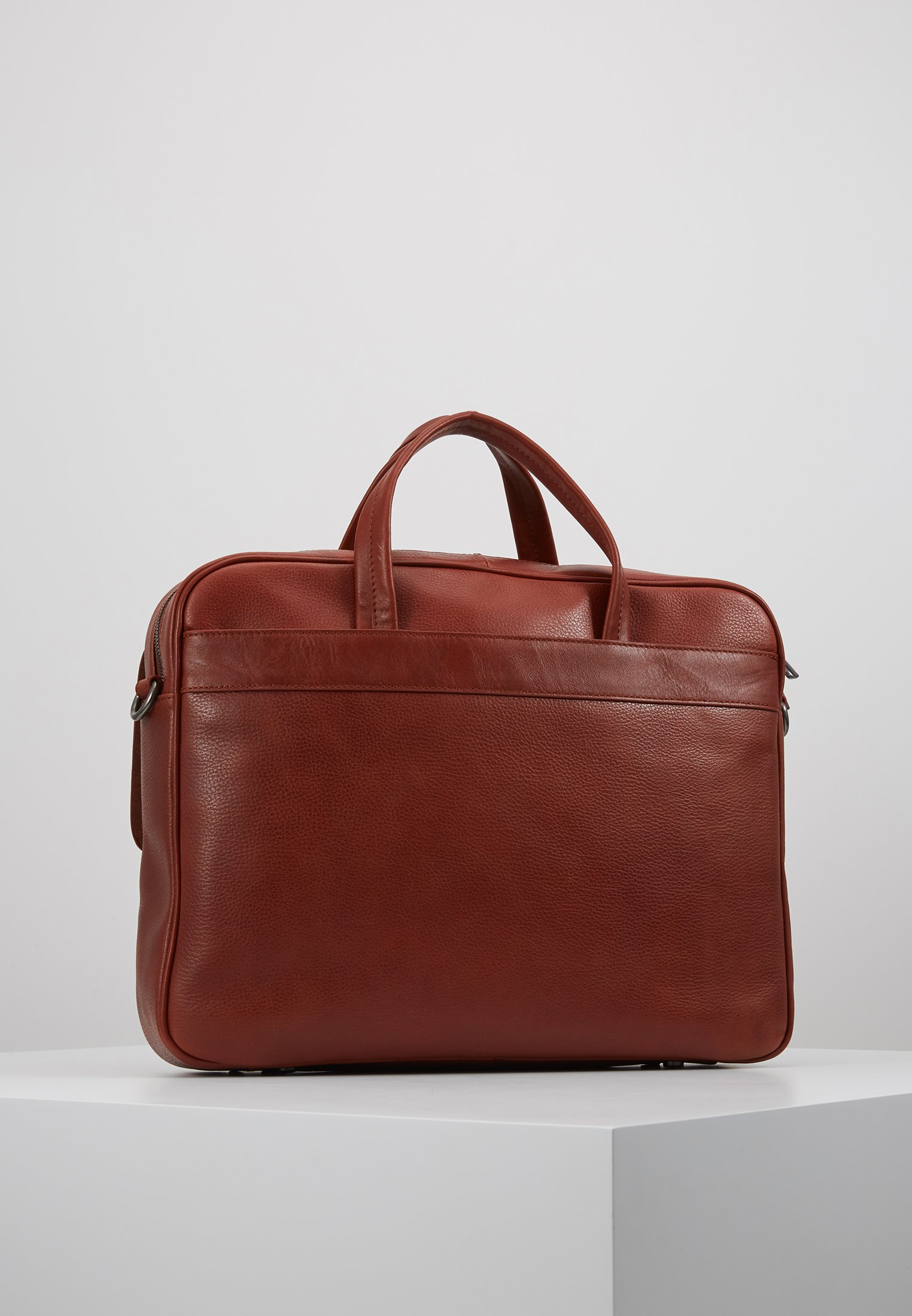 Marc O'Polo OLIN BUSINESS BAG - Ventiquattrore - burnt cognac