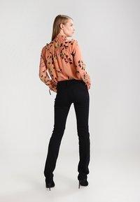 Mavi - OLIVIA - Jeans Straight Leg - double black stretch - 3