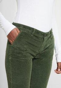 Mavi - SELINA - Pantalon classique - military - 3