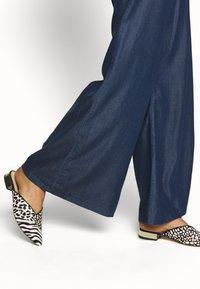 Mavi - FLARE LEG PANTS - Trousers - denim - 3