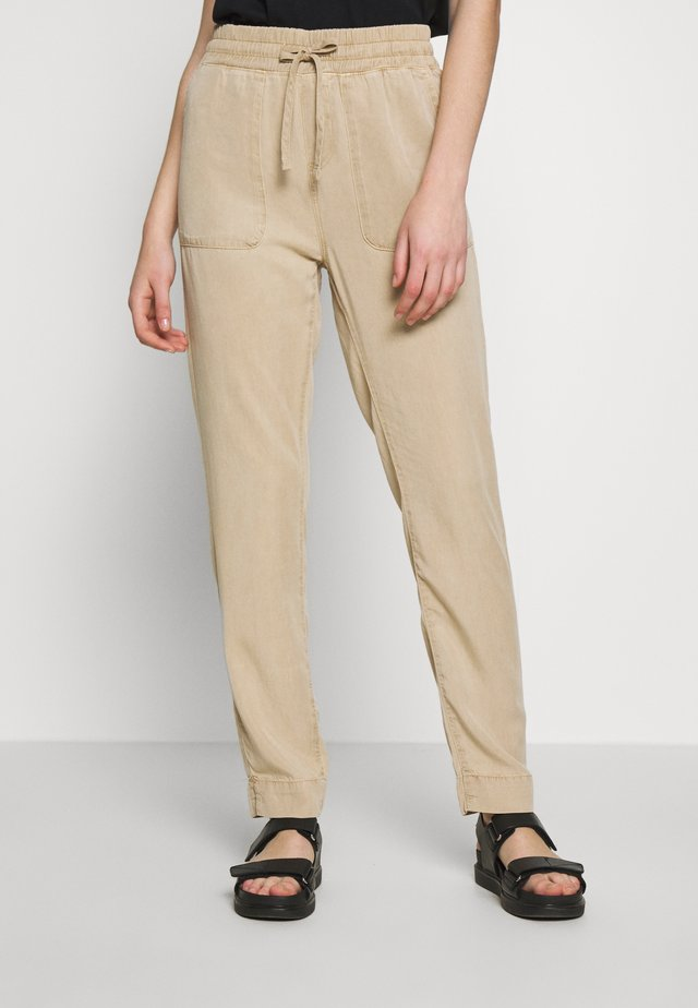 DRAWSTRING PANTS - Trousers - cornstalk