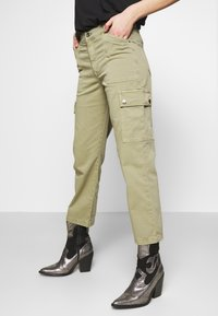 Mavi - CARLY - Trousers - green washed down - 3