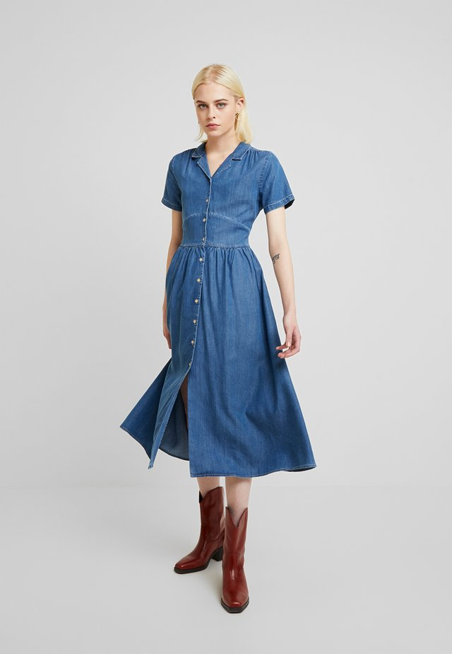 DRESS - Dongerikjole - denim