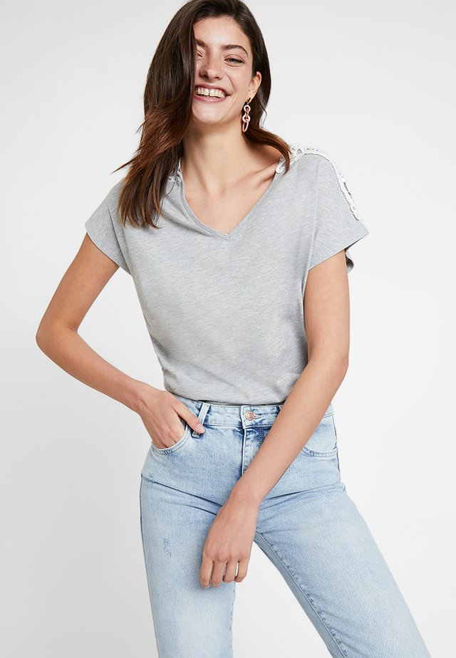 DETAIL - T-Shirt print - grey melange