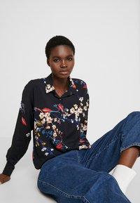 Mavi - PRINTED - Button-down blouse - black - 3