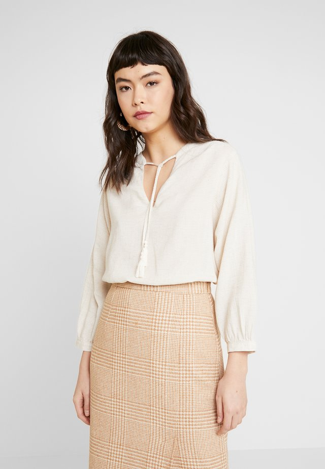 V NECK BLOUSE - Bluse - birch