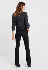 Mavi - BELLA MID RISE - Bootcut jeans - double black - 2