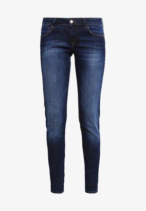 LINDY - Jeans slim fit - dark indigo stretch