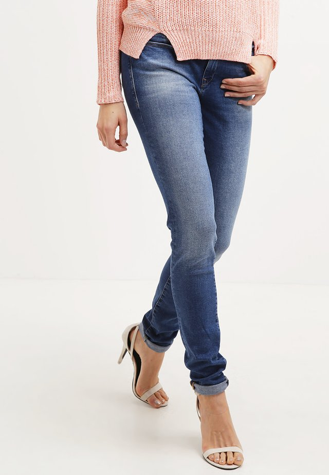 ADRIANA - Jeans Skinny Fit - deep shadded