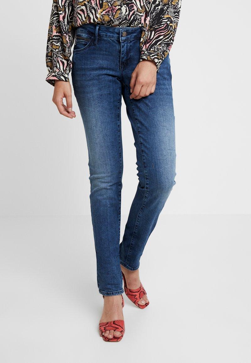 Mavi - LINDY - Jeans Slim Fit - deep ocean glam
