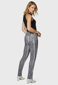 Mavi - SOPHIE ZIP - Jeans Skinny Fit - brown - 3