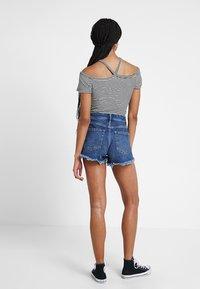 Mavi - ROSIE - Shorts di jeans - dark brushed 80's - 2